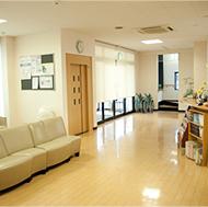 杉山整形リハビリクリニックはどなたで安心して利用できる病院設備があります(画像)